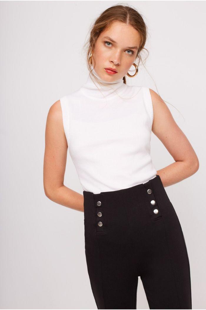 Sleeveless high neck Pullover