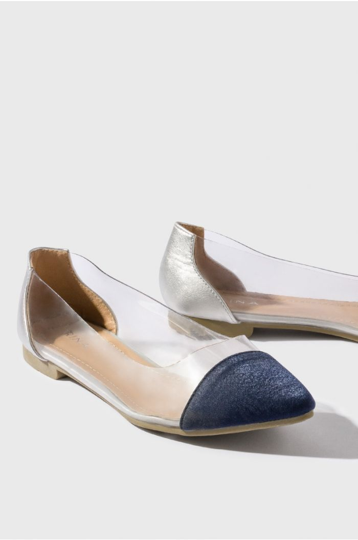 Transparent flat shoes