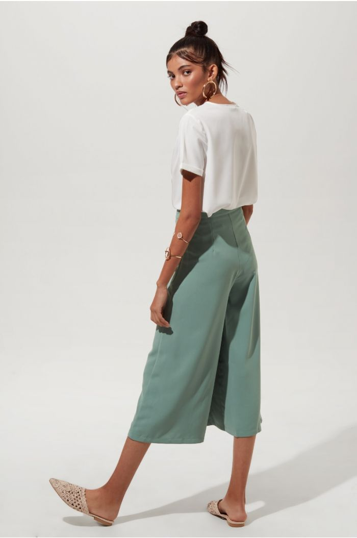 Wide Leg Pants with Overlapped Details
