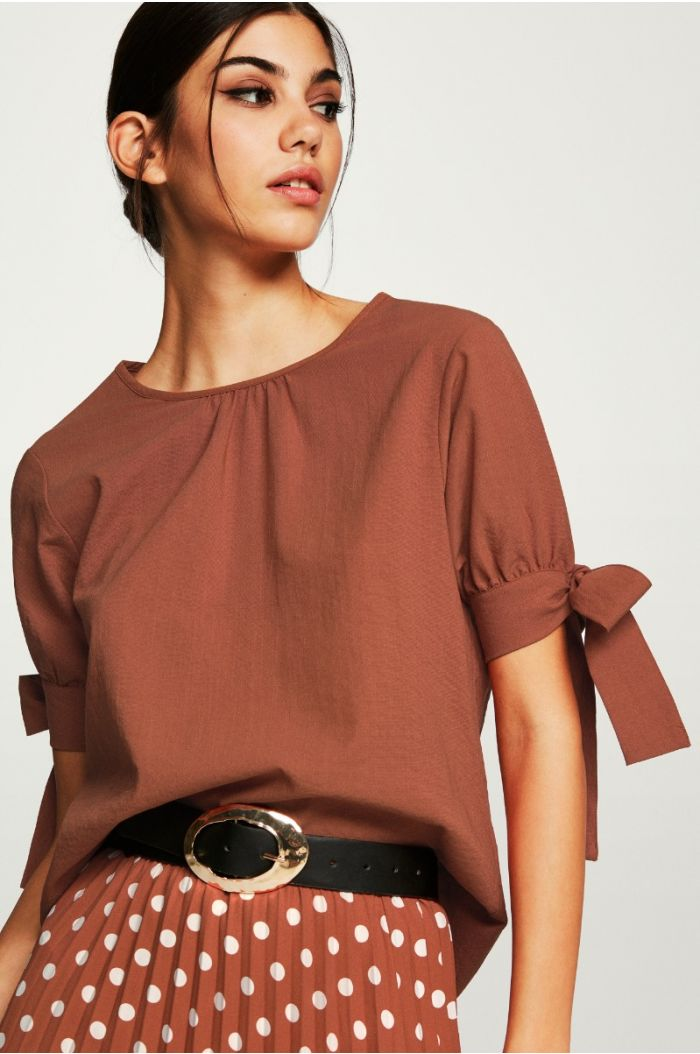 Bow to the Sleeves Blouse