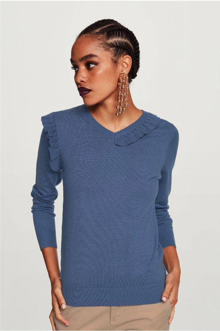 Ruffled V Neck Pullover