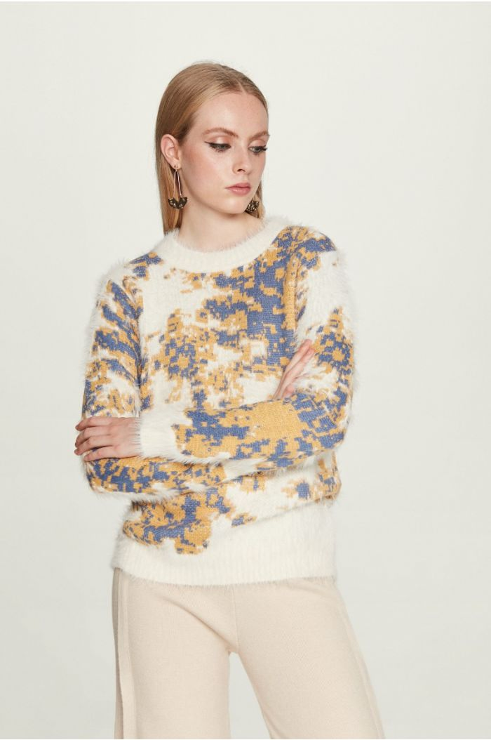 Fuzzy Printed Pullover
