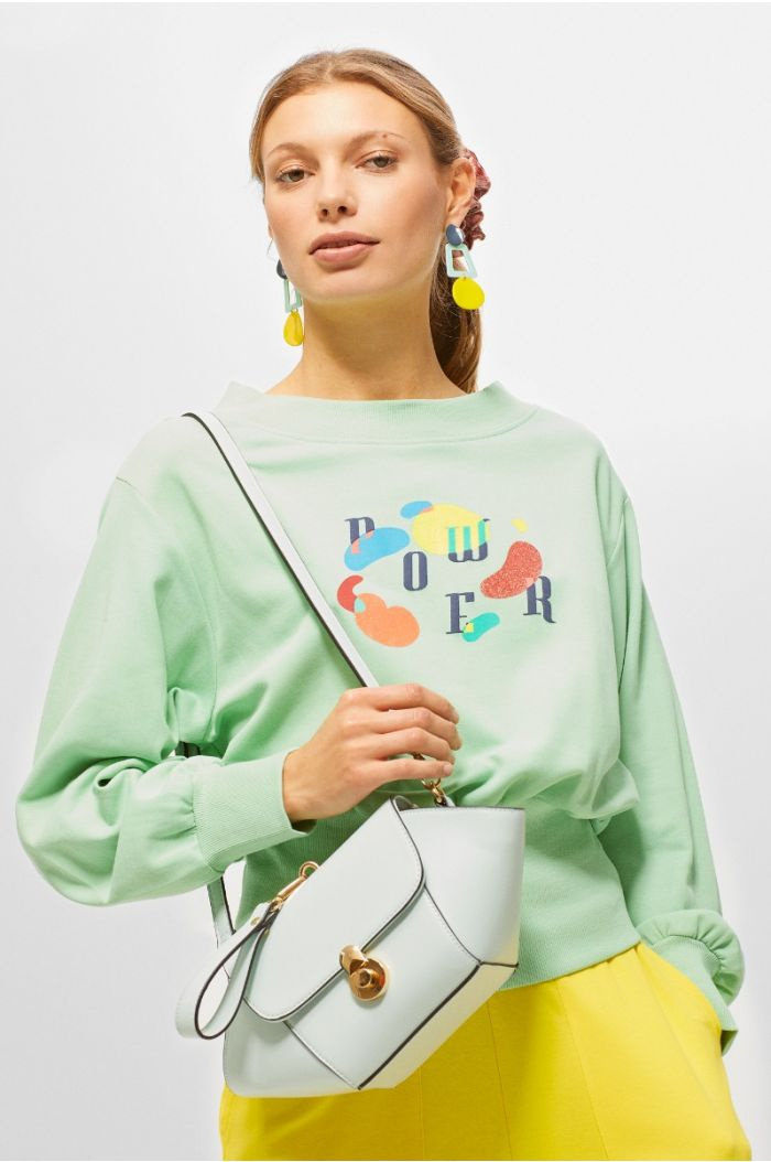 Casual sweatshirt with front wording print