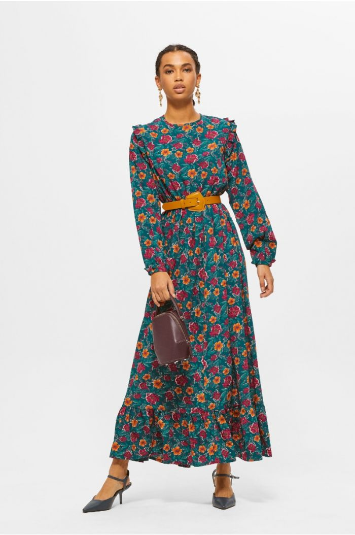 Flowy maxi dress with floral prints