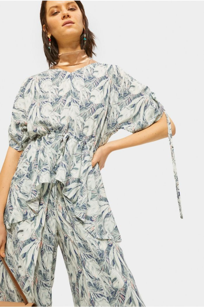 Ruffled tropical printed blouse with straps