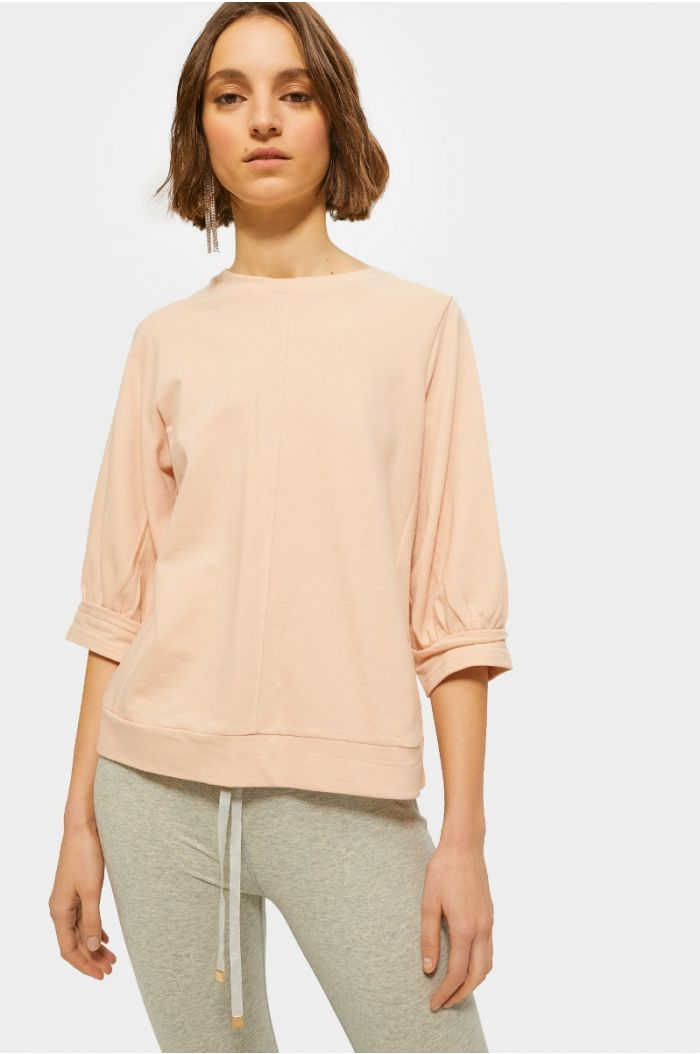 Three quarter sleeves blouse
