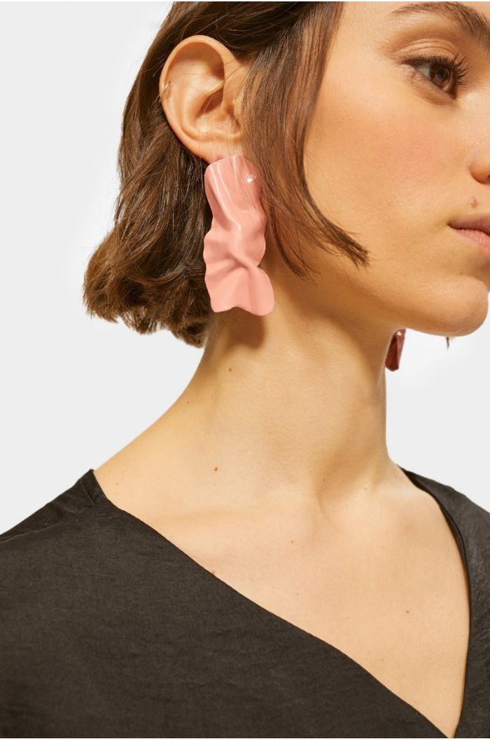 Accessory earrings with unique design