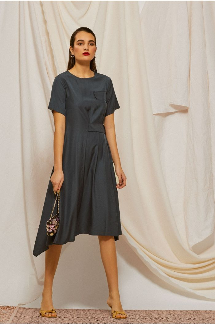 Asymetric midi dress with side belt