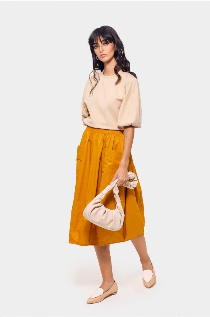 Plain flowy skirt