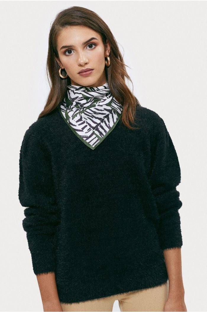 Knitted fuzzy pullover