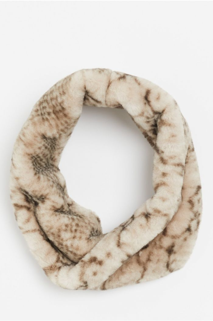 Printed fur collar scarf