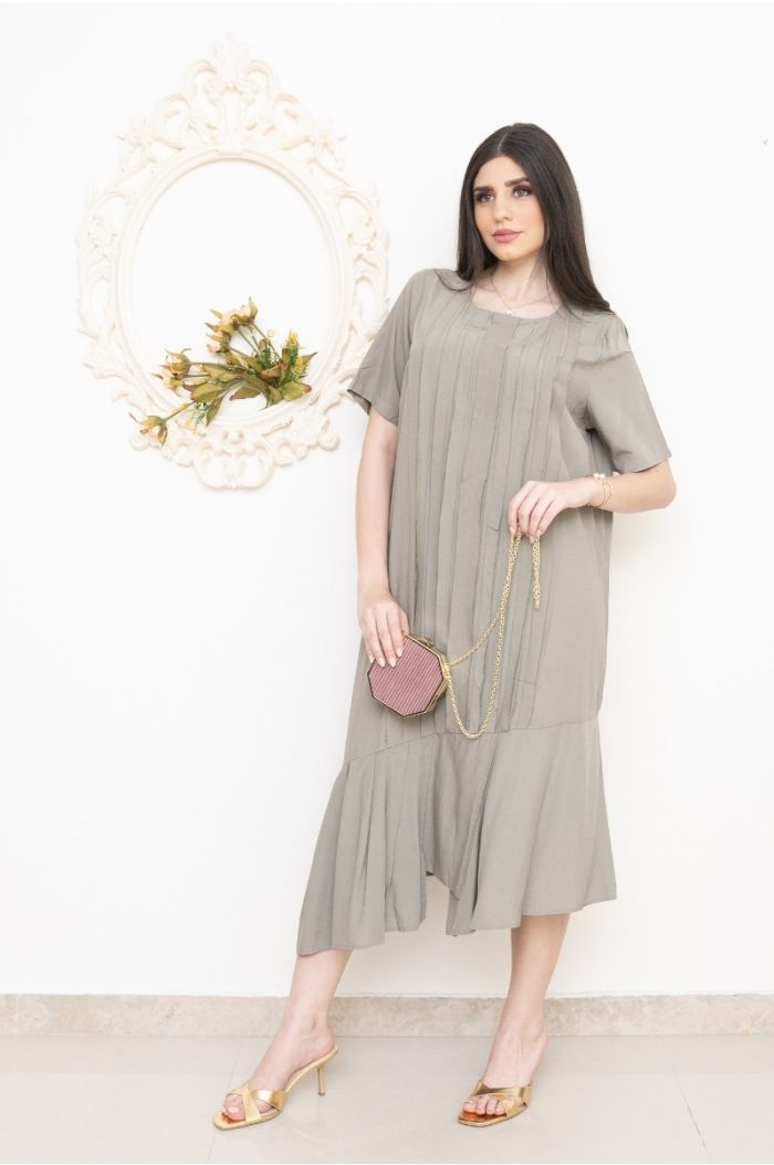 Asymetric dress with pleats